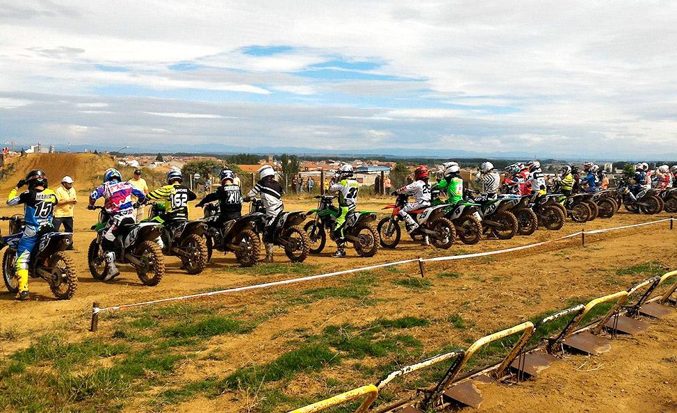 Circuito La Bañeza : Mxcircuit circuito motocross la salgada la bañeza